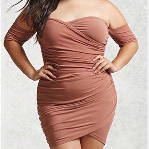Dresses & Skirts - ♥️BOGO♥️🎉HOST PICK🎉SEXY PLUZ SIZE BODYCON DRESS